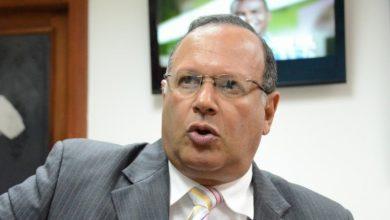 Photo of Director del SNS asegura fue destituido porque quiso despolitizar el sistema de salud; rechaza nuevo nombramiento