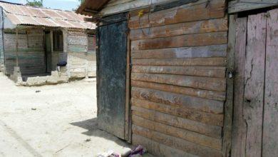Photo of Haitianos abandonan sus casas en Vicente Noble tras homicidio de agricultor dominicano