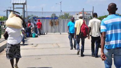 Photo of Autoridades pasan revista a la situación de la frontera en reunión en Dajabón