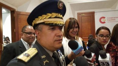 Photo of Investigan a varias personas por agresión a tiros a vocero de la Armada