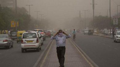Photo of Poderosa tormenta de arena y lluvia azota a la India; hay 91 muertos
