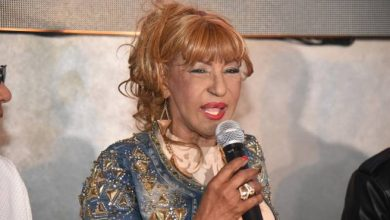 Photo of Fefita la Grande sobre prohibición de tema: «Yo siempre me he meneado y ahora fue que se vinieron a dar cuenta»