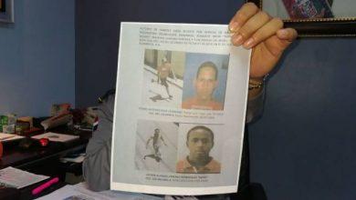 Photo of Muestran imágenes de supuestos asesinos de una pareja en Los Guandules