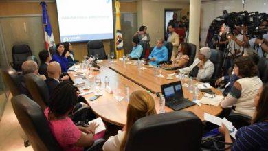 Photo of Estudio revela que el 86.37% de los ministerios estatales limita el acceso a la información