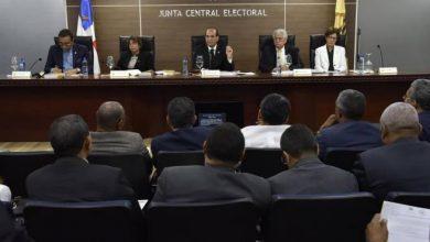 Photo of Los aspirantes y partidos buscan la forma de seguir activos sin violar la prohibición de la JCE