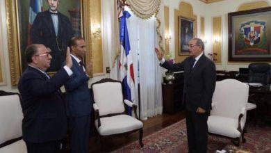 Photo of Danilo Medina juramenta a Monchy Fadul por segunda vez en Interior y Policía