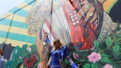 Photo of Dedican mural a Fefita La Grande en calle de Santiago