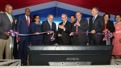Photo of El presidente Danilo Medina entrega centro de diagnóstico en SDE