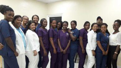 Photo of Enfermeras haitianas adquieren experiencias en el Moscoso Puello