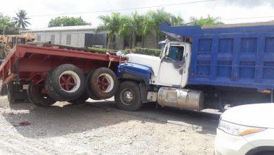 Photo of Dos patanas colisionan en la autopista 6 de noviembre