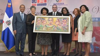 Photo of Andrés Navarro encabeza exposición de pinturas de maestros jubilados