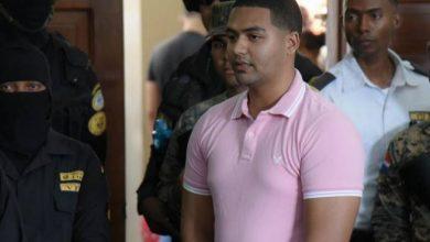 Photo of Abogado de Marlon Martínez no se presenta a inicio de juicio por asesinato de Emely Peguero