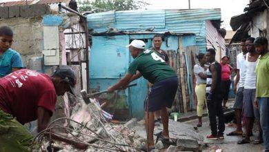 Photo of Continúan desalojos en sector Los Guandules para proyecto Domingo Savio