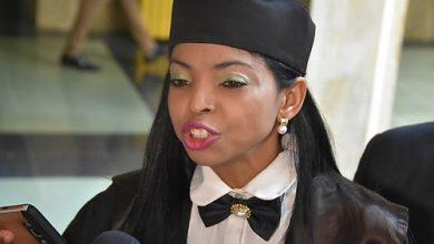 Photo of Fiscal Yeni Berenice sube a estrado; pide ampliar plazo investigación asesinato de Yuniol Ramírez