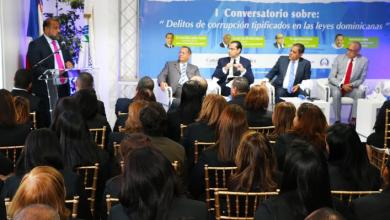 Photo of Junto a entidades de la sociedad civil, Departamento Aeroportuario realiza conversatorio «delitos de corrupción»