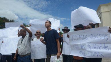 Photo of Moradores del barrio Los Guandules piden trato más justo