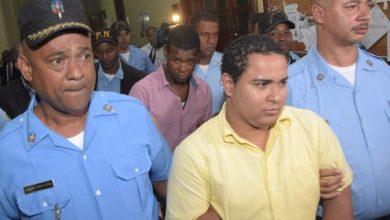 Photo of Continúa juicio de fondo en caso John Percival: Implicado asegura fue un coronel de la Policía que le vendió las armas utilizadas en asaltos