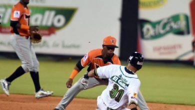 Photo of Toros frenan racha de cinco partidos perdidos al vencer a Estrellas