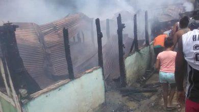 Photo of Hombre le quita la vida a su pareja y la comunidad lo quema vivo
