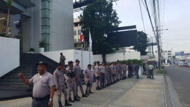 Photo of Choferes exigen transparencia en Ley de Hidrocarburos frente a Industria y Comercio