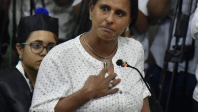 Photo of Madre de Emely pide a Marlon y a Marlin Martínez que la miren a la cara