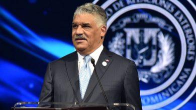 Photo of El canciller Miguel Vargas anuncia ganador «Premio al Emigrante Dominicano»