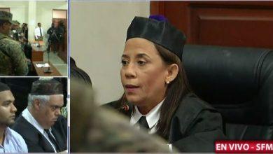 Photo of Dictan 30 años de prisión para Marlon y 5 para Marlin Martínez por caso Emely