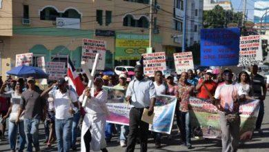 Photo of Comunidades de Villa Mella se movilizan ante los «oídos sordos» de las autoridades