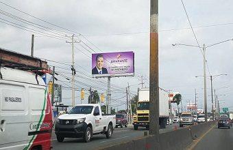 Photo of Políticos apoyan el retiro de las vallas de precandidatos