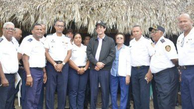 Photo of Gustavo Montalvo anuncia mejoras salariales y de beneficios para los bomberos