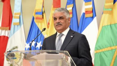 Photo of Canciller Miguel Vargas anuncia Bahamas liberará a 45 pescadores dominicanos