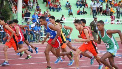 Photo of El Este se llevó cinco de las 12 medallas de oro del atletismo en su primer día