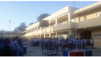 Photo of Se reanuda docencia con escasos estudiantes a siete días de explosión