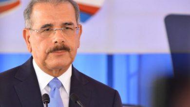 Photo of Danilo Medina se solidariza con víctimas de explosión en fábrica de plásticos