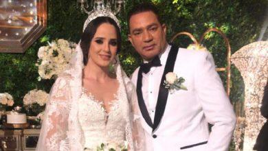 Photo of «El Príncipe» Frank Reyes vive su cuento de hadas, se casa por la Iglesia