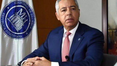 Photo of Ministro Hacienda explica préstamo a diputados