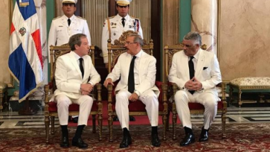 Photo of Cinco nuevos embajadores en el país presentan cartas credenciales ante el presidente Medina