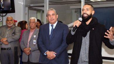 Photo of Dominicano «Plátano Man» visita cónsul Castillo y explica su reacción contra abogada