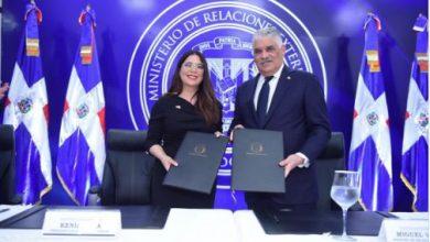 Photo of MIREX y CONANI firman acuerdo para agilizar regreso de menores a sus hogares