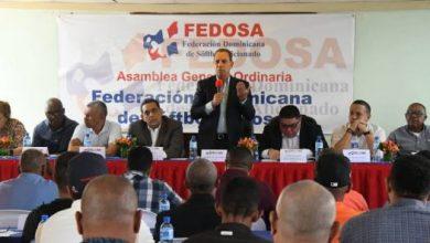 Photo of Manejos fondos sóftbol, es elogiado por presidente de la confederación