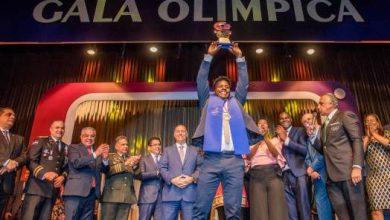 Photo of Deury Corniel gana el premio de Atleta del Año y lo logra de forma unánime