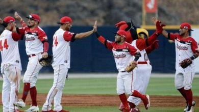 Photo of Venezuela gana duelo de pitcheo a Cuba y mantiene el invicto en la Serie del Caribe