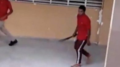 Photo of Estudiante ingresa armado con machete a escuela de Monte Plata