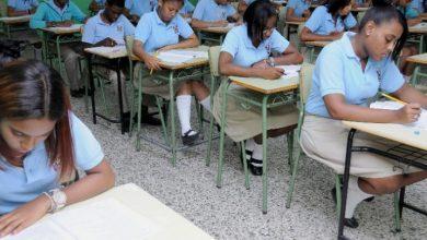 Photo of Cuarenta mil estudiantes desertaron de las aulas en dos años
