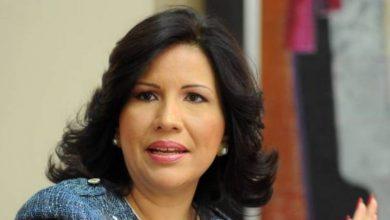 Photo of Margarita dice a El Alfa le toca transformar la vulgaridad y la obscenidad en valores y principios para la juventud