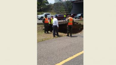 Photo of Sorprende enorme hoyo en el kilómetro 144 de la autopista Duarte en Santiago