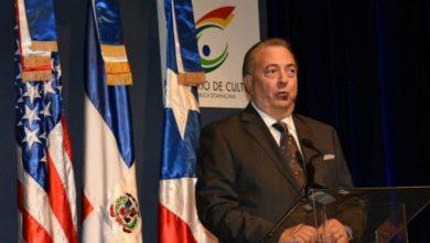 Photo of Ministro de Cultura dice es buena la asistencia a la Feria del Libro en Ciudad Colonial