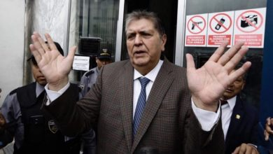 Photo of Expresidente peruano Alan García se dispara al ser detenido