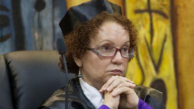 Photo of En el espionaje a Miriam, fiscales pincharon teléfono de uno que había muerto