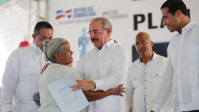 Photo of El presidente Danilo entrega 1,288 títulos en Nagua